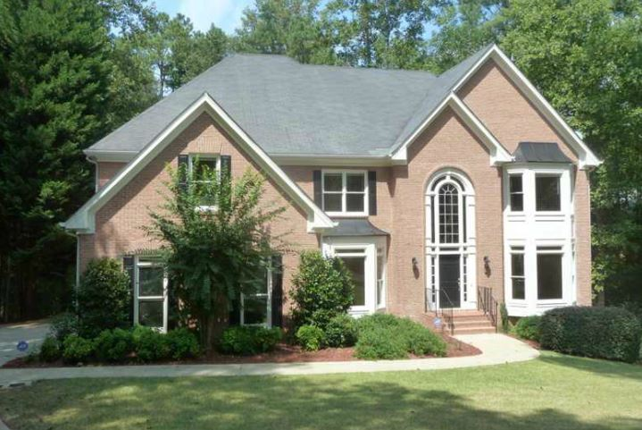 Johns Creek Neighborhood Home In Farmbrook