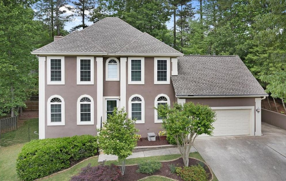 Johns Creek Home In The Forest Community